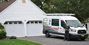 7 Things to Consider When Choosing a Garage Door Company
