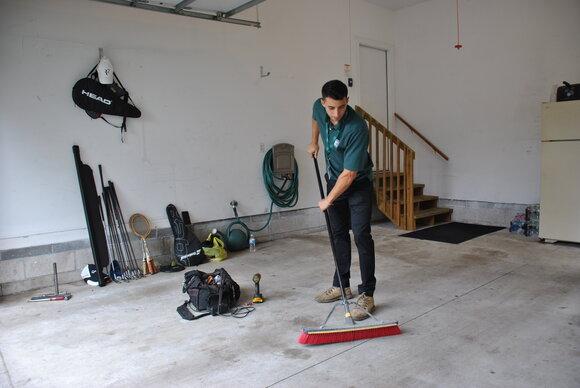clean-up-garage.jpg