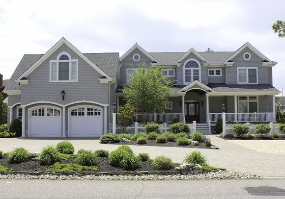 How to Match Your Garage Door to Your Home's Style