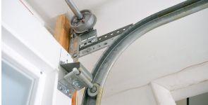 Reasons You Shouldn't Reuse Garage Door Track